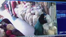 Hırsızlıktaki En Büyük Kapasite Rekoru Kıran Kadın