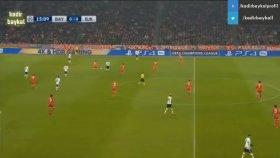 Vida'nın Gördüğü Kırmızı Kart Pozisyonu (Bayern Münih - Beşiktaş)