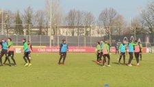 Feyenoord'un Yıldızları Tekme Tokat Kavga Etti
