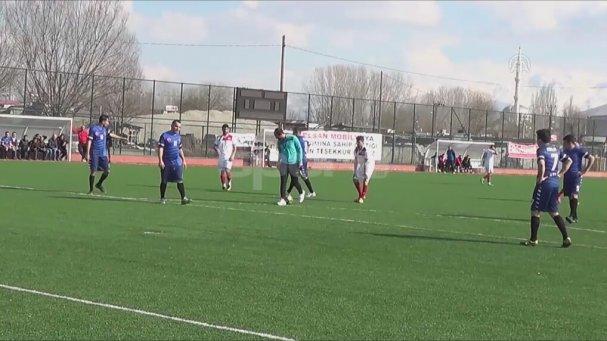 Balona röveşata vuran genç ilk maçında 2 gol attı