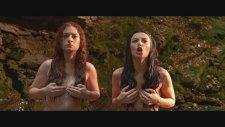 Seksi Kızların Islak ve Çıplak Dansı / Sansürsüz / Film Sahnesi.