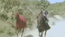 Atın Figüranı Çiğnemesi