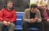 Metroda Garip Şekilde Öksürmek  Sosyal Deney