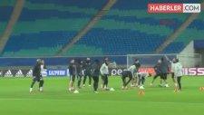 Beşiktaş'ta Gary Medel, Haftanın 7 Günü Spor Yapıyor