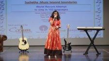 6 Saat Boyunca 102 Dilde Şarkı Söyleyen Kız - Suchetha Satish