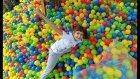 Bahçede Temizlik Yaptık.3500 Topu Topladık. Eğlenceli Çocuk Videosu