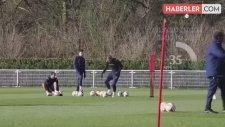 Tottenham'ın Yıldızı Harry Kane 1 Ay Sahalardan Uzak Kalacak