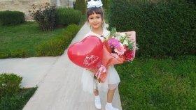 Elif 8 Mart Dünya Kadınlar Günü Gösterisinde, Eğlenceli Çocuk Videosu