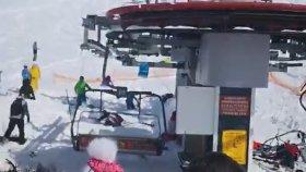 Gürcistan'da Kayak Merkezi'nde Yasanan Teleferik Kazası