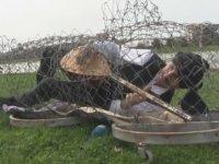 Bursalı Tiyatro Sanatçısının Sazlı Sözlü Protestosu