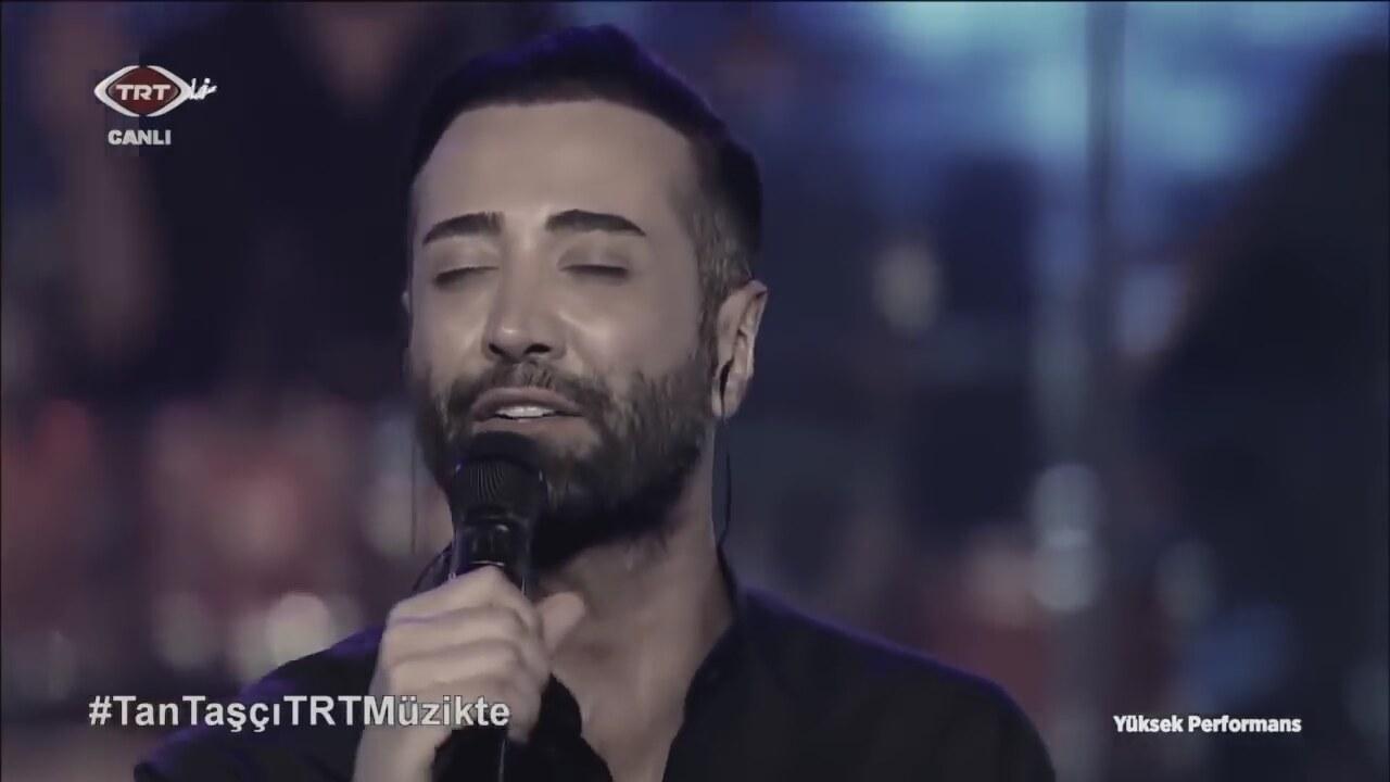 Tan Taşçı Zora Sarıldık Şarkı Sözü