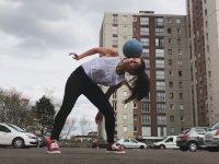 Lisa Zimouche'nin Freestyle Gösterisi