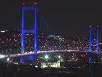Otizm Farkındalık Günü'nde İstanbul'un Maviye Bürünmesi