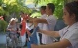 Tayland'a huzurevine giden Avrupalılar  DW Türkçe