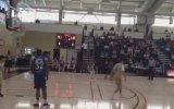 Liselinin Basketbol Maçındaki Self Alley Oop Smacı