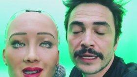 Ahmet Kural'ın Sophia ile Aşk Yaşaması