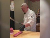 Balığı Kılıçla Kesmek