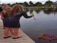 Dilek Tutan Ailenin İskele Çökünce Nehre Düşmesi
