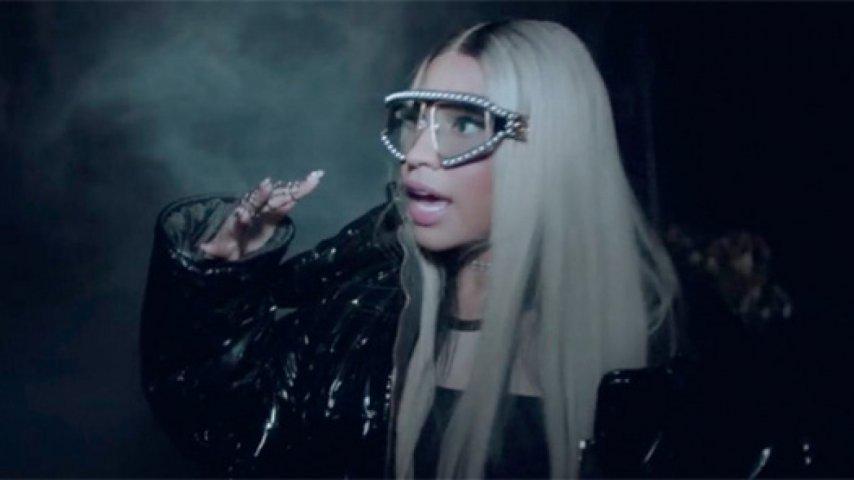 fe33cc6b28 Nicki Minaj - The Light İs Coming 347 izlenme. EVET HAYIR