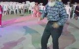 Düğünde Hunharca Dans Eden Hacı Dede