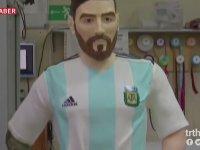 Lionel Messi'nin Çikolatadan Heykeli Yapmak
