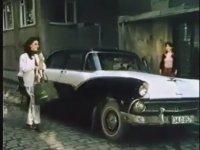 Gözüm Gibi Sevdim - Gökhan Güney & Özlem Onursal (1982 - 94 Dk)