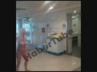 Atatürk Havalimanı'nda WC'de Çırılçıplak Dolaşan Kadın (+18)