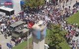 Şehit Töreninde Bir Anda Dalgalanan Türk Bayrağı