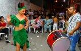 Yeşil Elbisesiyle Roman Havasının Hakkını Veren Kız