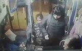 Acemi Hırsızın Otobüs Şoföründen Dayak Yemesi