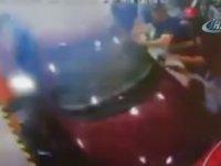 Fren Yerine Gaza Basınca Ustayı Sıkıştıran Acemi Şoför