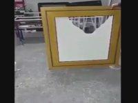 Perde Devrini Bitiren Pencere