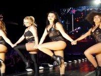 Britney Spears ve Pitbull'un Berlin'i Sallaması