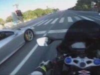 Motorcunun Tek Teker Şovunda Acun Ilıcalı'ya Yakalanması