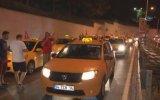 İstanbul'da Taksicilerin ABD'yi Protesto Etmesi