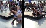 Dans Ederken Çılgına Dönen Kadın