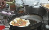 Hint Sokak Yemeği  Ekmek Omlet