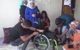 Engelli Kız İçin Çöplere Giren Güzel İnsanlar