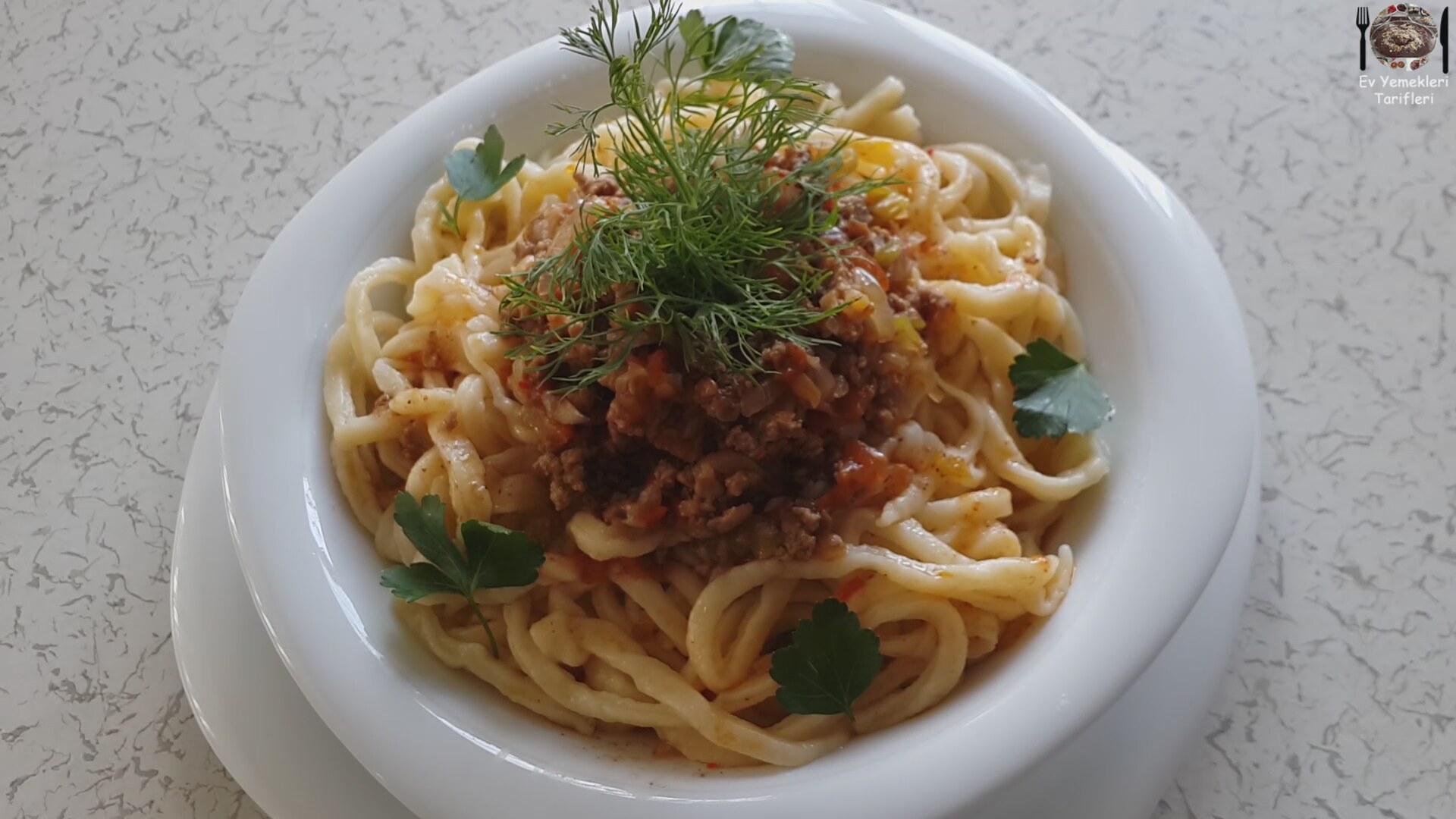 Sosisli Spagetti Videosu