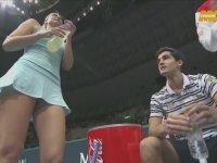 Sharapova'nın Etek Altına İnen Ayarsız Kameraman
