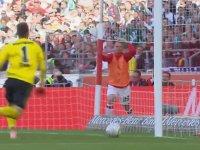 Bundesliga Tarihinin En İlginç Gollerinden Biri