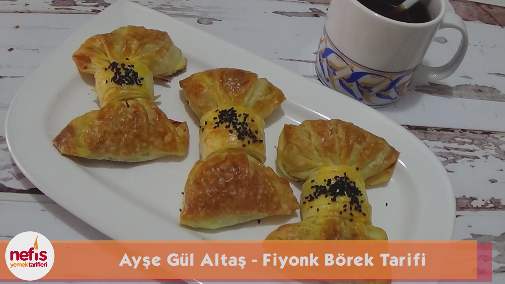 Çıtır Fiyonk Börek Tarifi Videosu