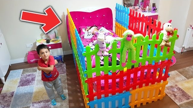 Melike Neden Uyuyamıyor Knitted Bed With Toy Fences - For Kids Video