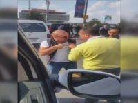 Uber Sürücüsü ile Taksici Arasındaki Yumruk ve Tokatlı Kavga
