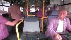 Servis Aracında Şoföre Çirkin Saldırı