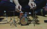 Slipknot'un Eyeless Şarkısını Mini Bateriyle Çalmak