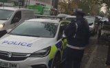 Polisin Polis Arabasına Ceza Kesmesi