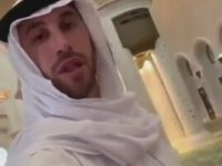 Sergio Ramos'un Abu Dhabi'de Cami Ziyaretinde Bulunması