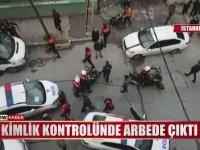 Bağcılar'da Polis ile Mahalleli Arasındaki Arbede