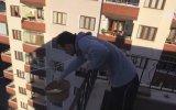Apartmandan Bakkala Teleferik Kuran Rizeli